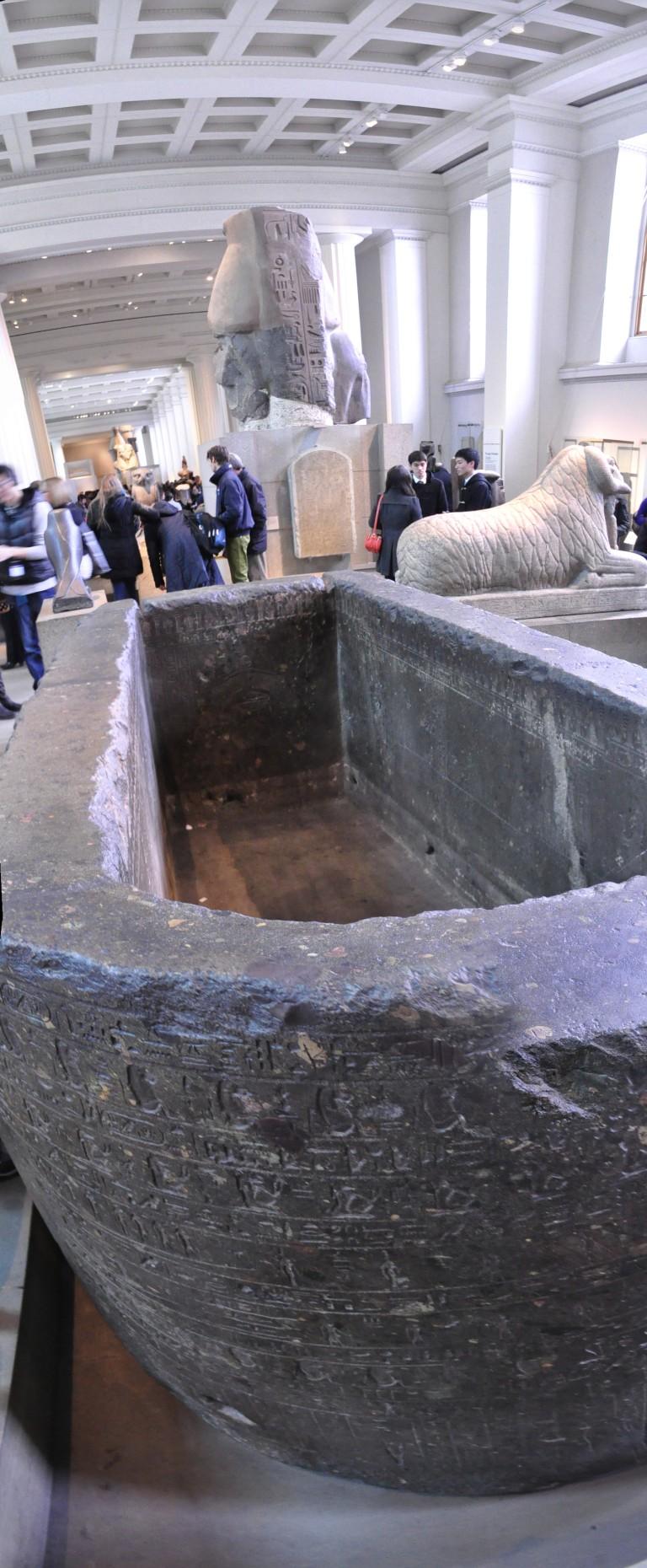 tomb composite